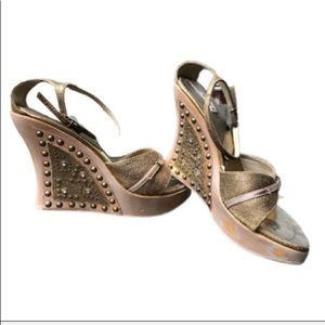 PRICED TO SELL! Steve Madden Leather Sandals